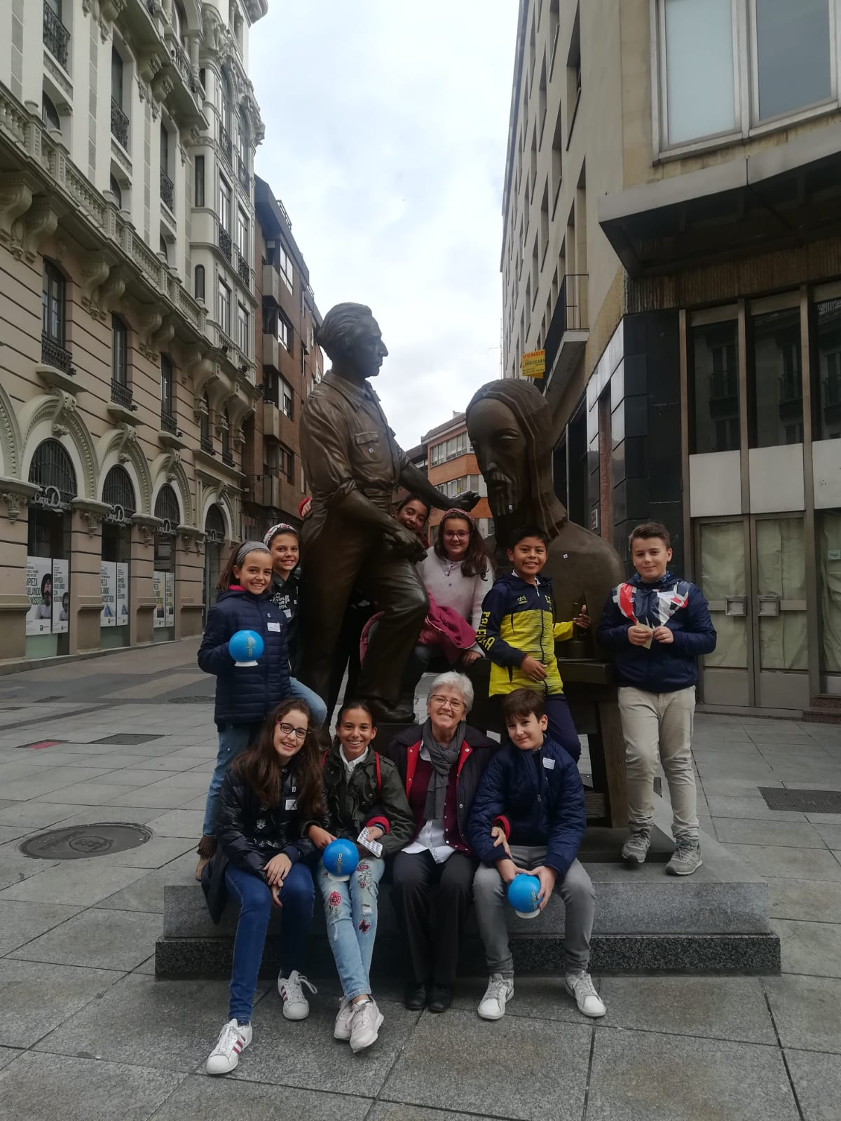 Alumnos del Colegio Filipense Blanca de Castilla postulan para el Domund 2018
