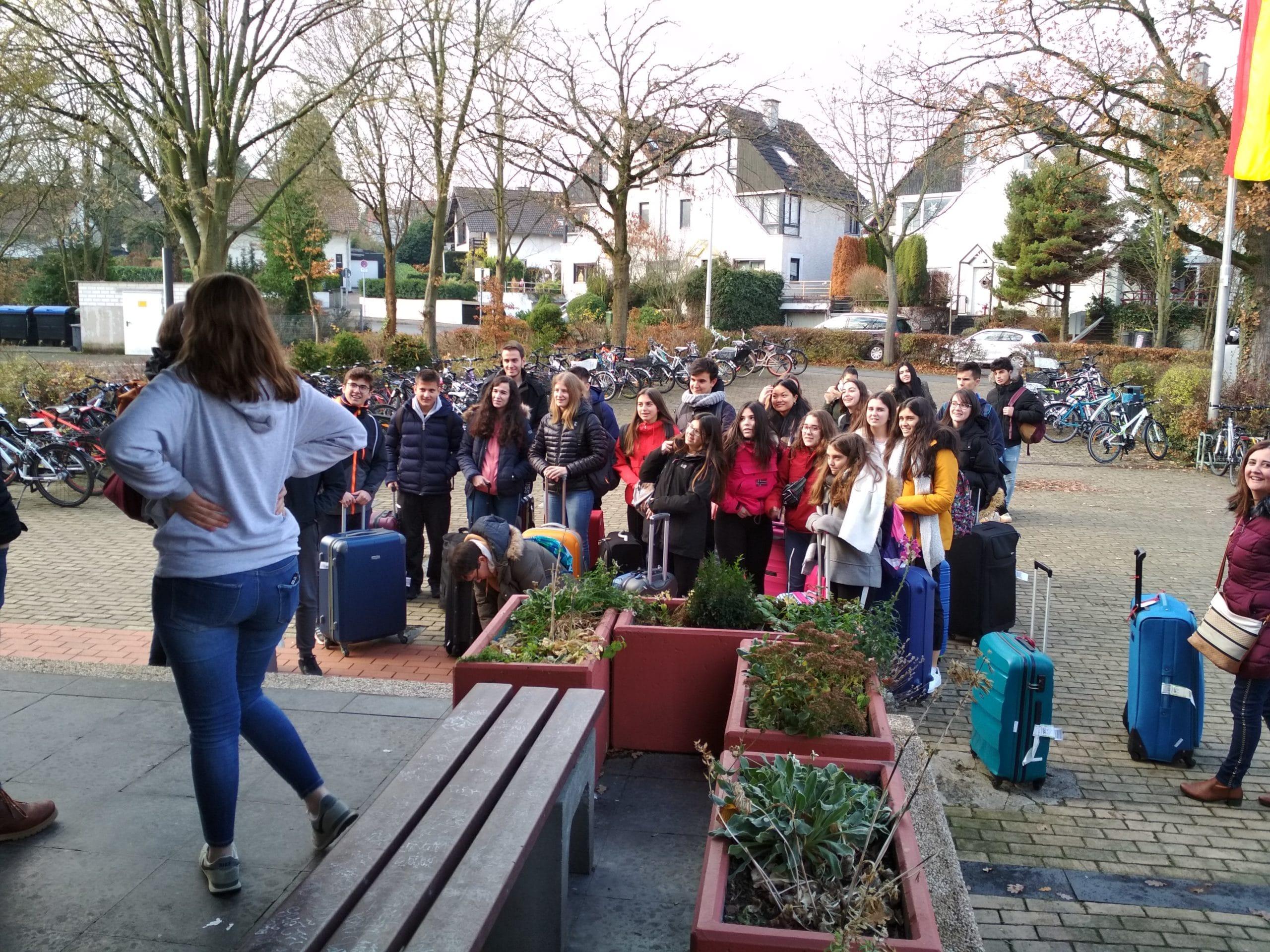 Llegada a Bonn de los alumnos de 1º bachillerato y 4º de la ESO que participan en el intercambio
