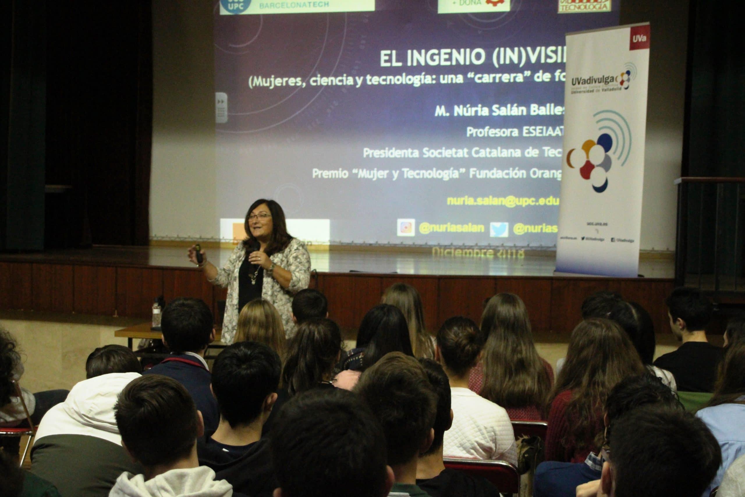 Nuria Salán en el Colegio Blanca de Castilla de Palencia