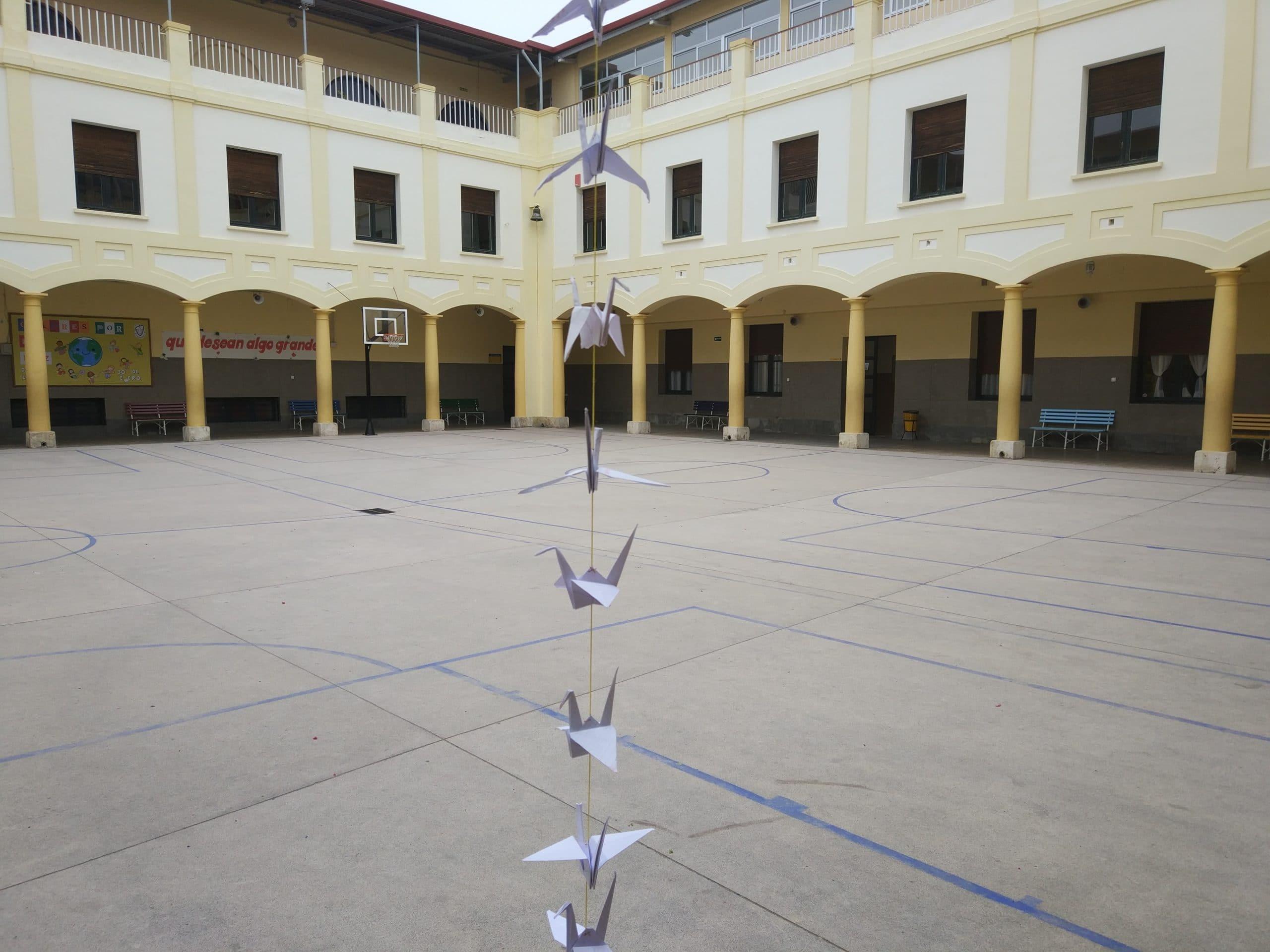 Grullas Día de la PAZ - Colegio Blanca de Castilla (2019)