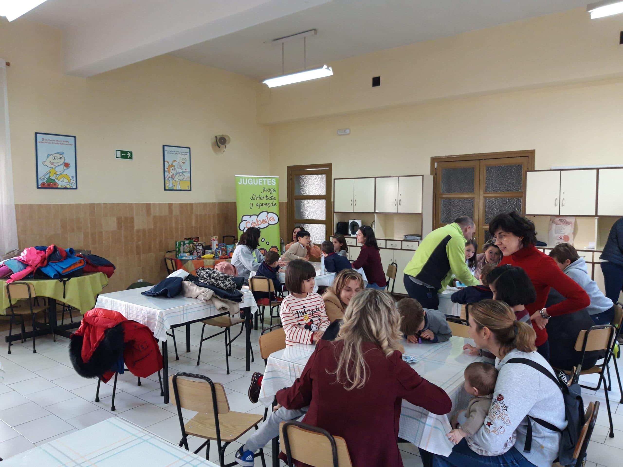 Taller de juegos educativos organizado por Cábala