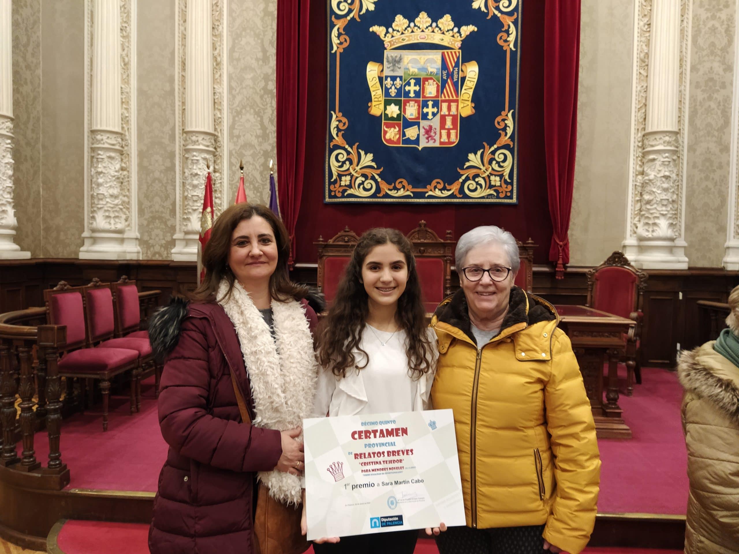 """La alumna Sara Martín Cabo de 2º de la ESO ha sido premiada en el certamen """"Cristina Tejedor"""" en la modalidad """"menores noveles""""."""