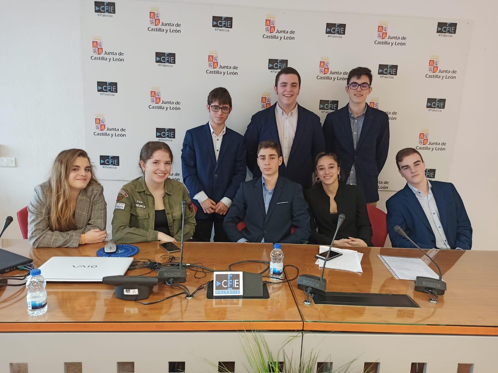 Participación en la Liga Debate de los alumnos del Colegio Filipense Blanca de Castilla de Palencia