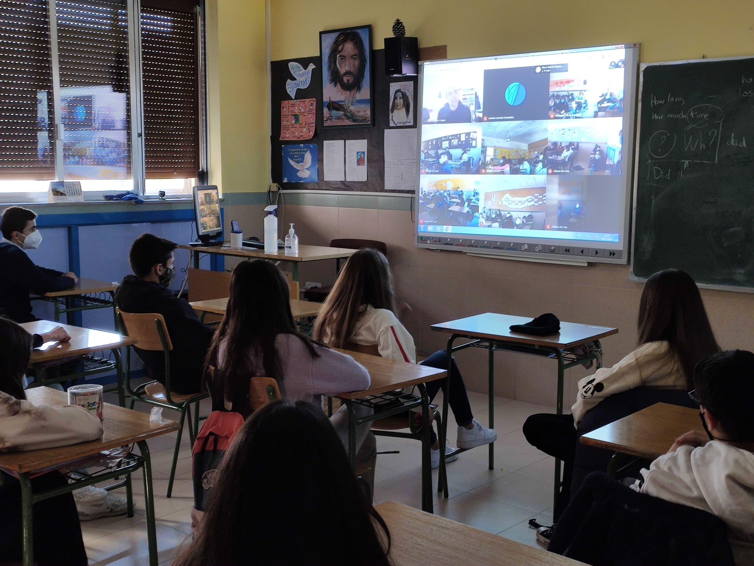 Experiencias voluntarios de Caritas a los alumnos de Educación Secundaria del Colegio Filipense Blanca de Castilla de Palencia